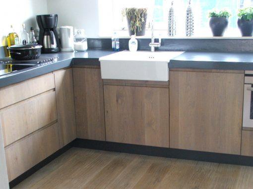 Keuken eikenhout & beton